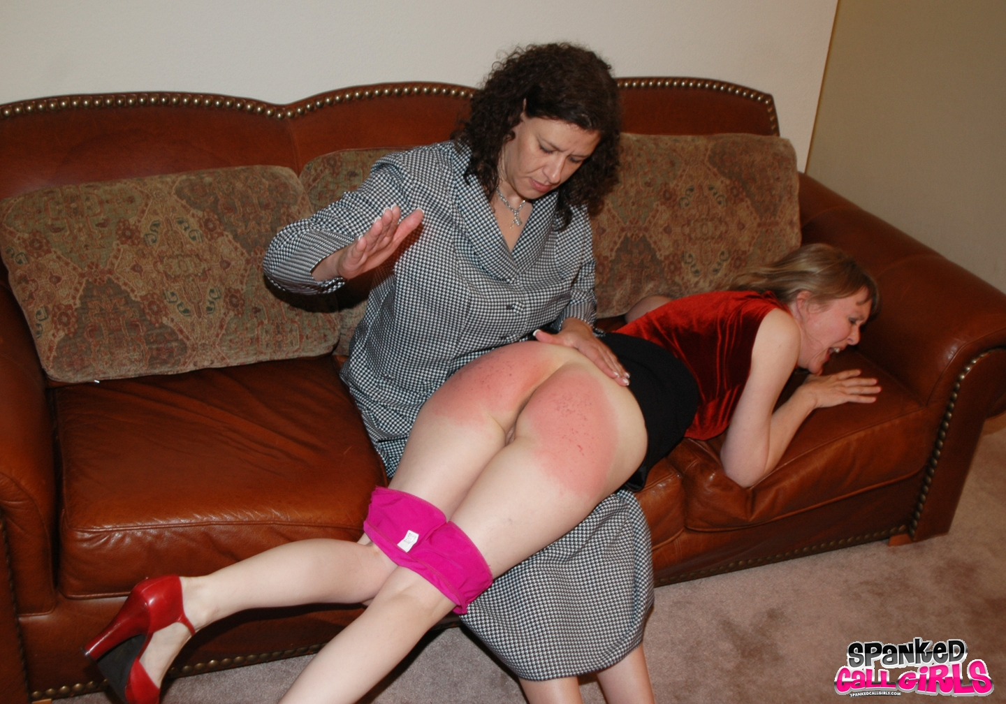Spanking girls daily motion